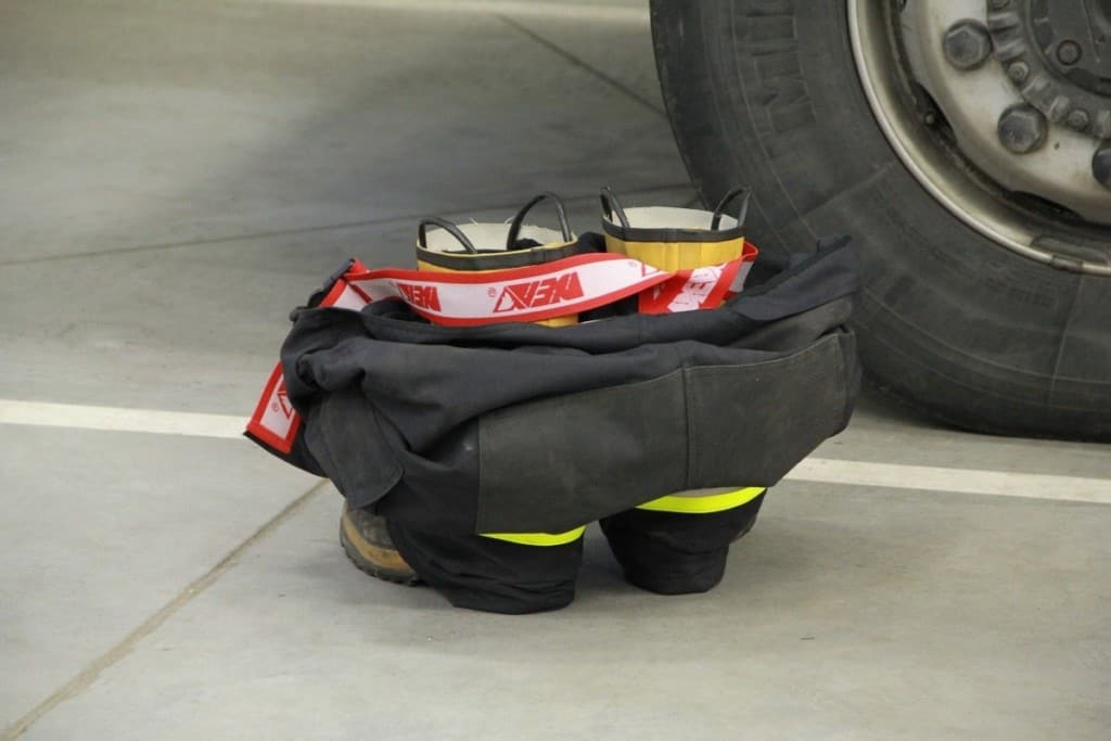 firefighter turnout/bunker pants, suspenders and boots