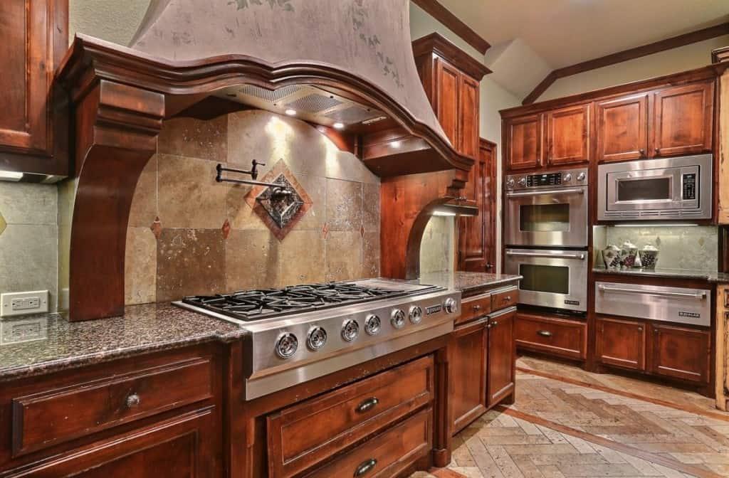clean luxury kitchen