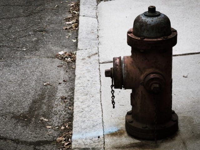 how to find the nearest fire hydrant
