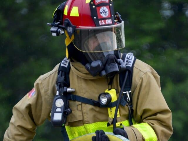 best right angle flashlight for firefighters