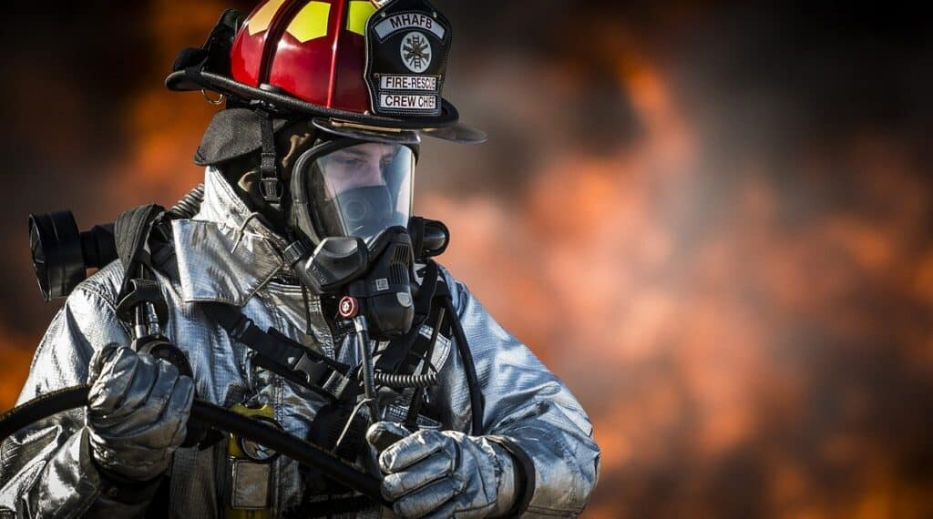 firefighter with SCBA