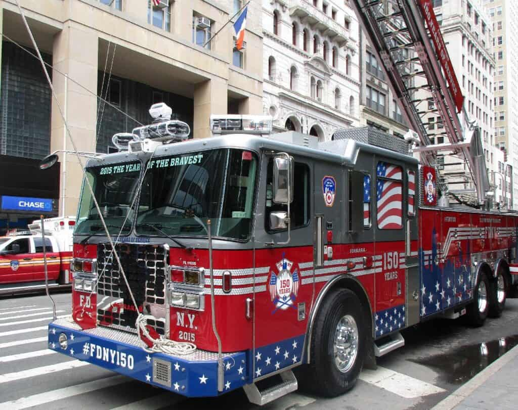 Aerial Ladder Fire Truck (FDNY)